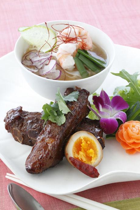 """ベトナム料理の定番""""えびのフォー"""""""