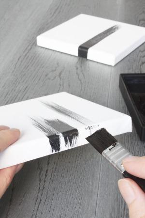 墨書きでクールに決まるパネルアート