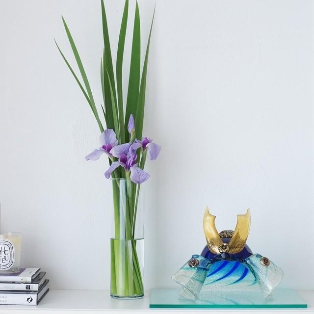 【初夏の花色配色】藤色&黄緑色 端午の節句に!IKEAの花瓶で菖蒲をモダンに飾るコツ