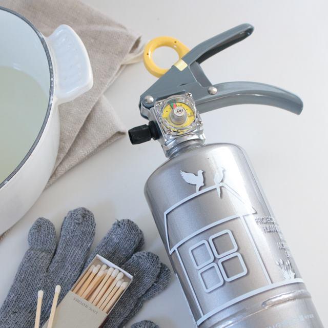 1月19日は家庭消火器点検の日 オシャレな家庭用消火器のご紹介