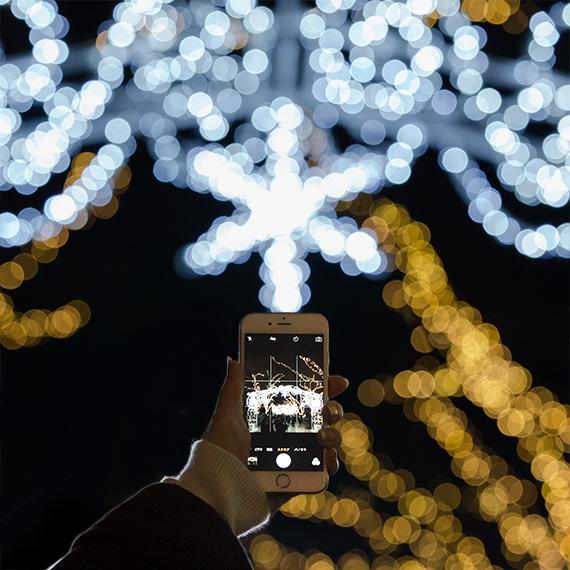 iPhone標準カメラで、イルミネーションをブレずに綺麗に撮る方法