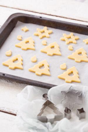 クリスマスはキャンディでキラキラ☆ ステンドグラスクッキー