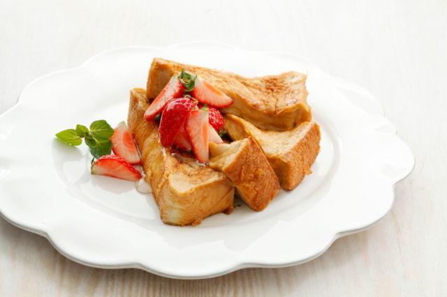 美味しさ倍増♪フレンチトーストのカフェ風盛りつけテクニック~ざっくりレシピ番外編