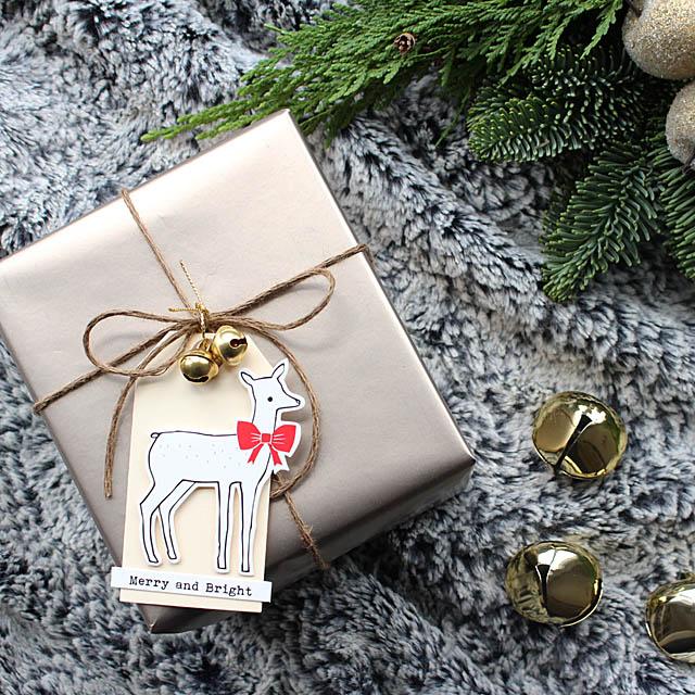 プレゼントに添えたい♪ 貼るだけで簡単かわいいタグの作り方