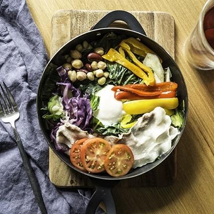 簡単なのに手抜きに見えない朝ごはん 時短&楽ちんのグリルダッチオーブン