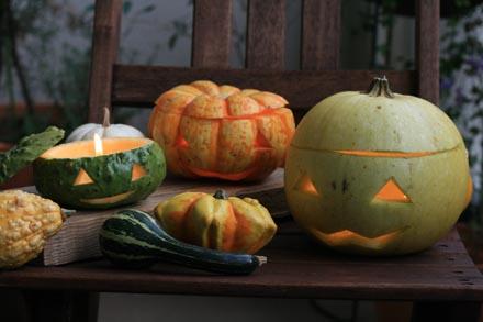 おもちゃかぼちゃでランタン作り