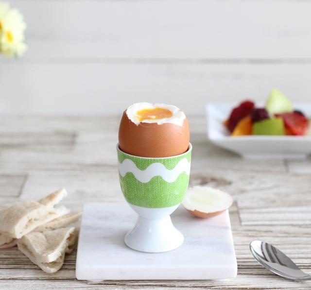 トロトロ半熟も固ゆでも自由自在♪ つるん!と剥ける♪ ゆで卵を作る4つのコツ