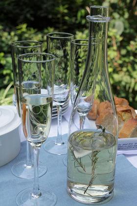 白ワインでつくる ハーブワイン