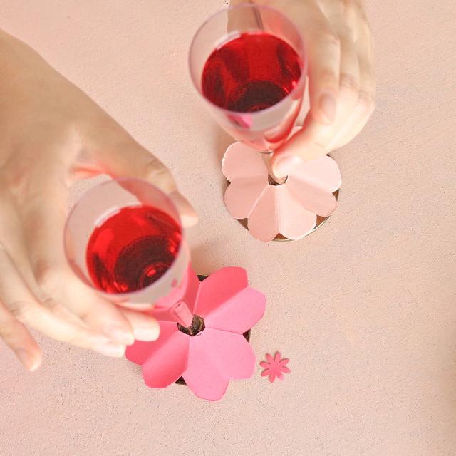 100均で作るパーティーアイテム♪ かわいい花のグラスマーカー