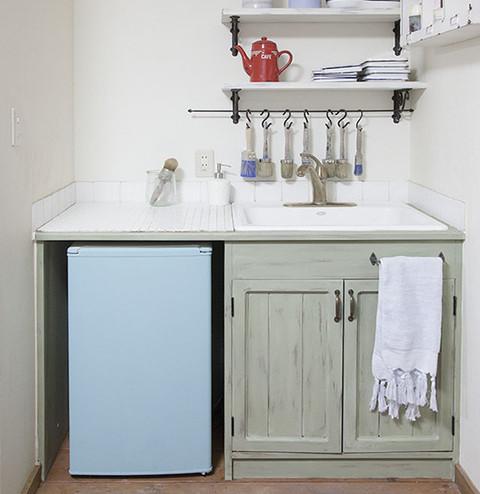 ミニキッチンをプチリノベーション ペイントの色で雰囲気が変わる!