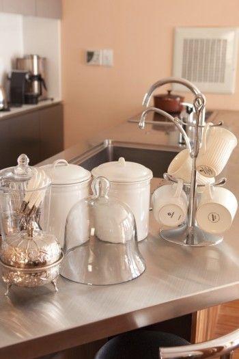 キッチンで使っているものも、 一つ一つが吟味されていて 絵になるものばかり。