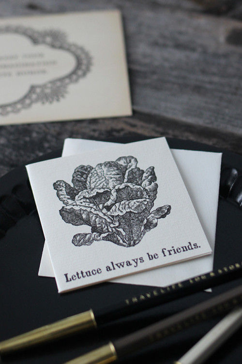 100均紙袋でストッカー&繊細な黒のメッセージカード