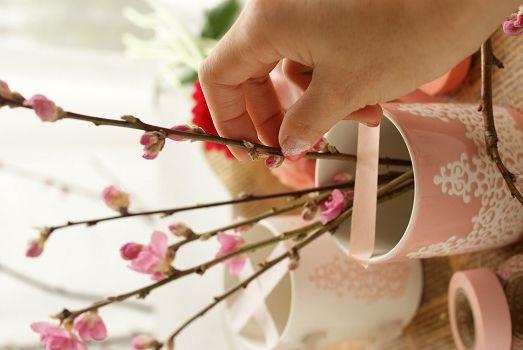 桃の枝と花で簡単ひな祭りアレンジ