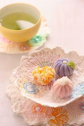 9月9日はラッキーデー!重陽の節句・菊模様の手作り牛乳パックコースター