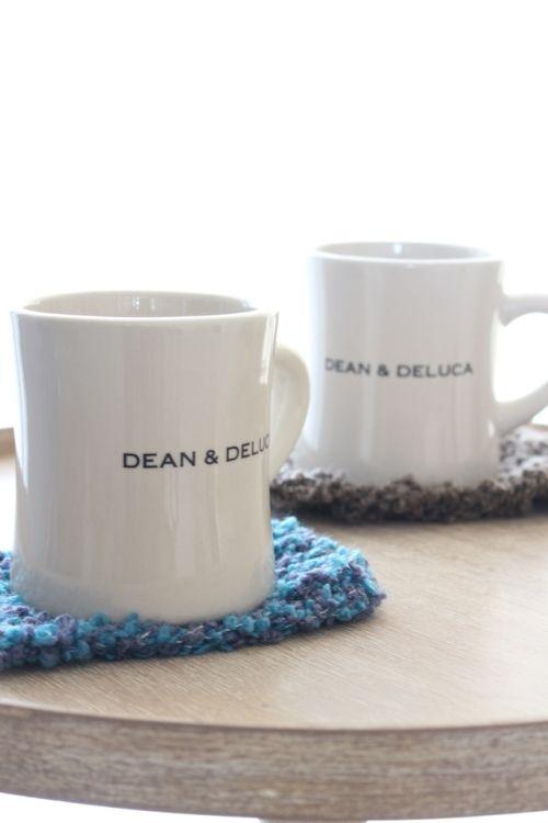 モダンなお茶碗と、久しぶりの編み物