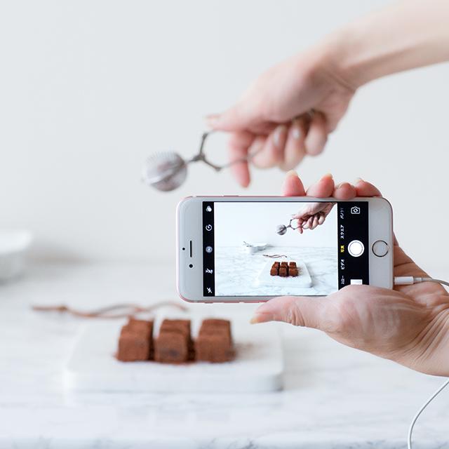 サロネーゼ&ネットショップオーナー必見! 手の入った作業写真を撮る方法