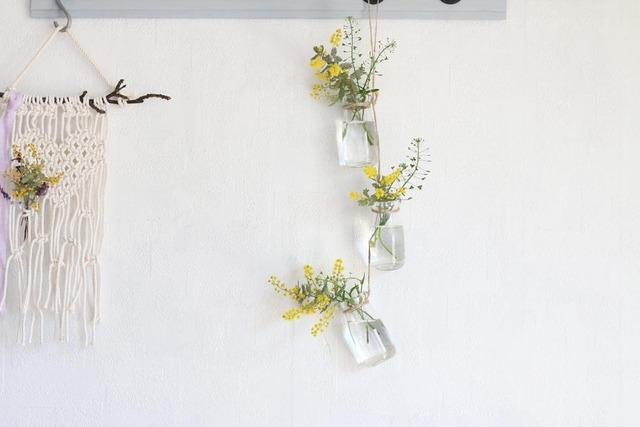 ミモザ 100均 花瓶 壁飾り 野花生活