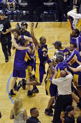 08-09 NBA Champion