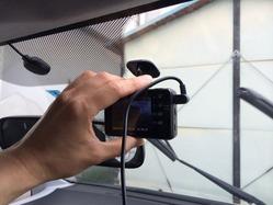 ドライブレコーダー ユピテル(DRY-FH22)取り付け4