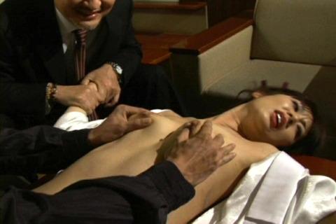 (511) 揉みしだかれる乳房、乳首15麗花