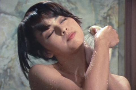 (421) 浴室の美女 (6)11岡田奈々の入浴