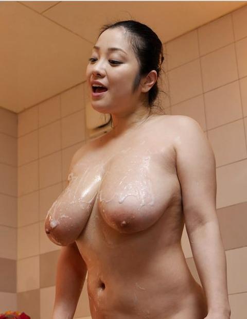 (421) 浴室の美女 (6)04小向美奈子