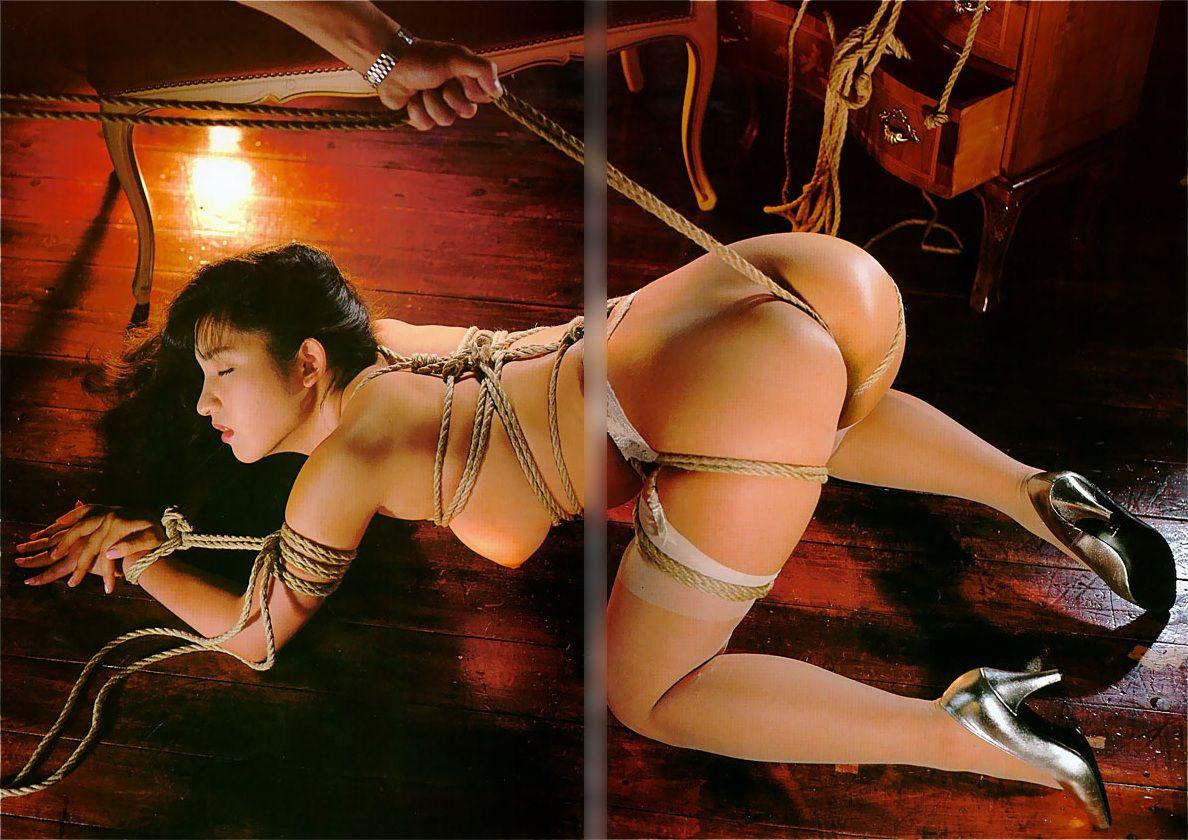 縄縛り画像