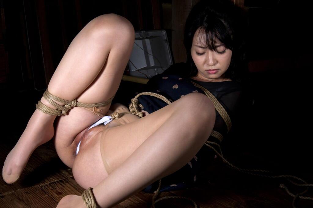 股縄緊縛美 美しき女性の緊縛美 (164) 股間縛り(股縄)(2) : ko_c_sanのblog