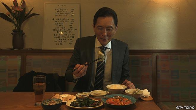五郎さん、食す