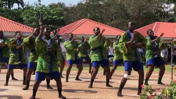 【話題】ガーナの「よさこい祭り」が独自の変化を遂げる! これもう別物だろ