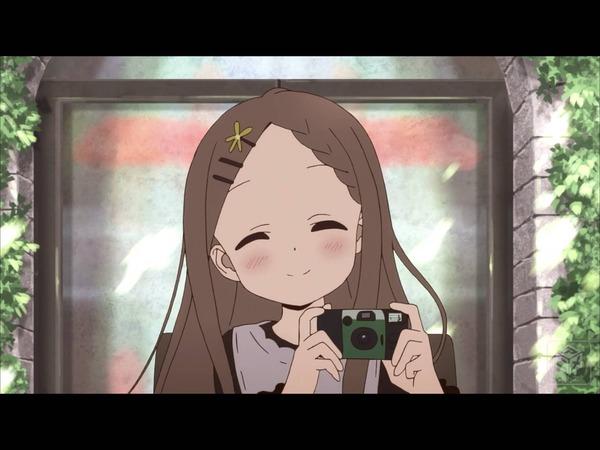 【悲報】俺の彼女のカメラの構え方がおかしい