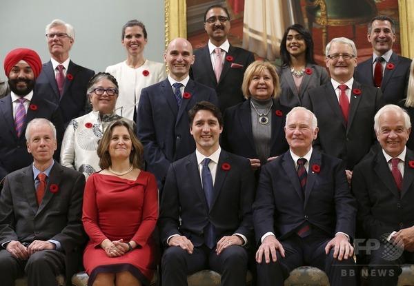 カナダ閣僚が凄い。 男女同数、ゲイ大臣、ムスリム大臣、盲目大臣、先住民大臣。首相47歳就任時43歳