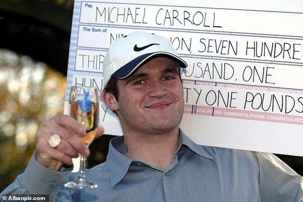 宝くじで18億当てたキャロル氏、破産してアメリカ最底辺のきこりの仕事で時給1500円で働く
