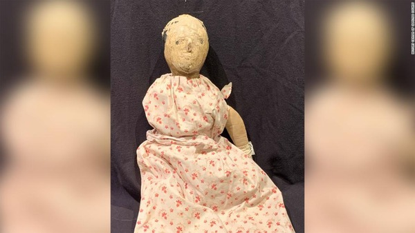 06-history-center-of-olmsted-county-creepy-dolls
