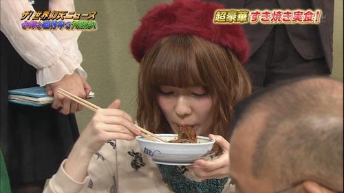 【画像あり】 ぱるること島崎遥香の箸の持ち方が酷いと話題にwwwwwwwww など