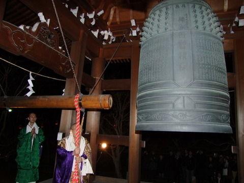 「除夜の鐘うるさい」中止する寺が相次ぐwwwwwwwwww