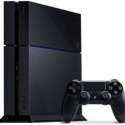 【朗報】PS4、発売から7年経って尚全盛期を更新してしまう