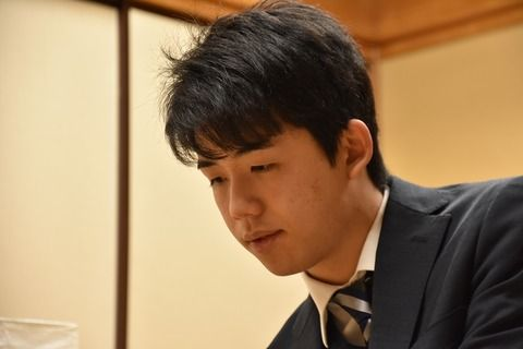 藤井六段(15)、優勝賞金750万円の使い道がwwwww