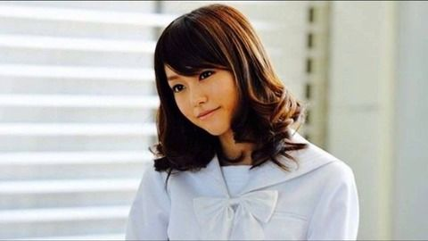 【朗報】桐谷美玲さん、ヨガロケであれが映り込んでしまうwwww(画像あり)