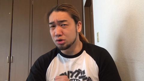【悲報】物申す系YouTuberのシバターさん、公然の場でスク水姿を晒し、落ちぶれてしまうwwwwwwwwwww(画像あり)