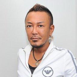 【悲報】セガ・名越さんさらに顔がパンパンになり粘土みたいになってしまう…