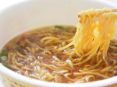 【悲報】カップ麺業界がふざけすぎていてクソワロタwwwwwwwwwwwww(画像あり)