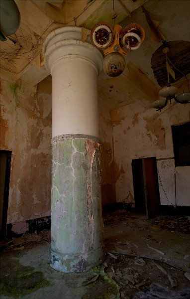 柱の部屋2