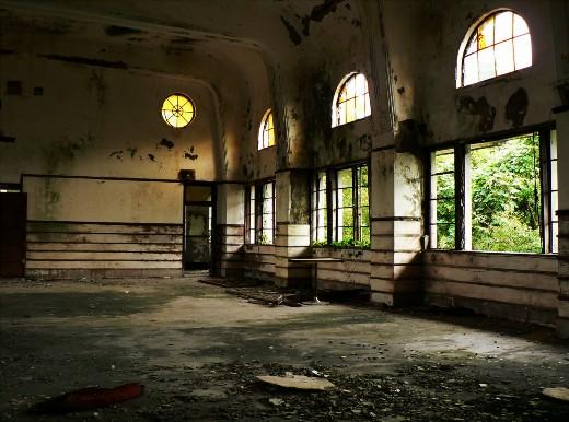 ホールの中4
