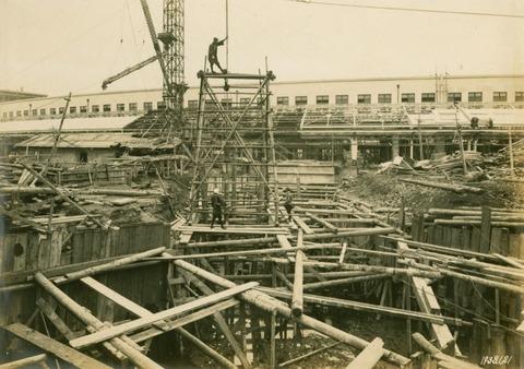 築地市場建設中4