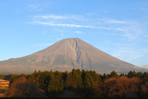 2020年12月冠雪なしの富士山