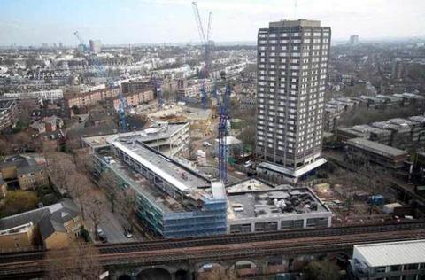 ロンドン高層アパート火災00