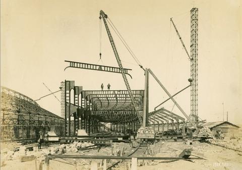 築地市場建設中1