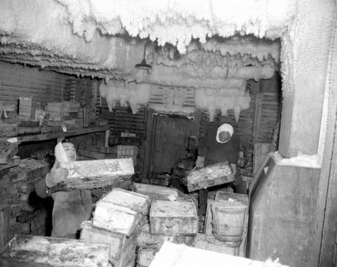 築地市場冷凍庫内昭和51年