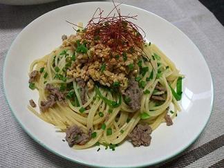 納豆とひき肉のスパゲッティ